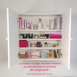 La table à langer murale Kalinoo se transforme en armoire de rangement. Ça c'est astucieux !