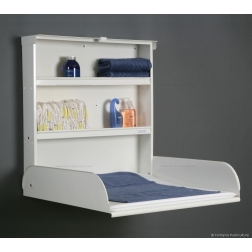 Table à langer Fifi : spacieuse, robuste, et pratique avec ses 2 étagères